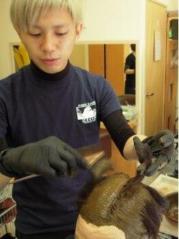 ヘアーワークス アローズ(HAIR WORKS ARROWS)の写真/植物を主原料とした髪・頭皮に優しい《ヘナカラー》。白髪染めにも最適な大人女性の為の上質素材♪