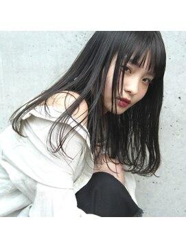フェス カットアンドカラーズ(FESS cut&colors)パールグレージュワンカールスタイル『FESS 鶴丸』