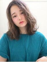 ライムヘアービューティフィー(Lime hair beautify)センターパート×ニュアンスカール☆洒落感レトロウェーブ