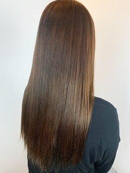 ヘアメイク ロココ(Hair Make Rococo)の写真/もう縮毛矯正は必要なし♪クセとダメージ、両方改善できる【Cureエステ】夢のスタイルをぜひ体験してみて★