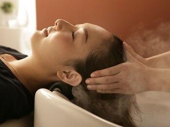 ドゥークス Douxの写真/頭皮がベタつきやすいこの時期に!【炭酸クールスパ】ミントと炭酸で頭皮をスッキリと洗い上げてくれます★