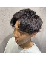 ミオ(Mio)レッドブラックアップバング