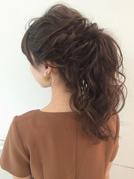 ラドンナ 栄店(LA DONNA)の写真/【矢場町5分】周りとはかぶらないワンランク上のヘアアレンジをご提案!大切な日はLA.DONNAにお任せ下さい☆