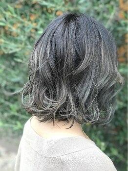 TTM ヘアーファクトリー(TTM hair factory)の写真/凄腕スタイリストの嬉しいマンツーマン施術♪一人ひとりに合わせたカットは、乾かすだけで綺麗にまとまる!
