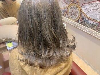 オリーブ ヘアー フィール(OLIVE hair feel)の写真/ダメージを気にしてなりたいスタイルを諦めている方に◎ダメージレスカラーでワンランク上のお洒落を♪