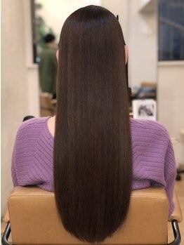 アコンプリッシュ 代官山(accomplish)の写真/≪新登場◆enim crystal silika≫纏まりの良さとハリコシが手に入る新感覚Trで今までにない感動の美髪体験