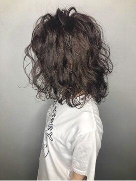 ソース ヘアアトリエ 梅田(Source hair atelier)【SOURCE】波ウェーブツイストミックス