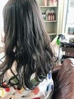 ヘアードレッサーズディレーヴ(Hairdresser'sDeReve)波巻きスタイル