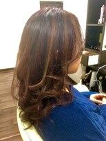 ヴィオレッタ ヘアアンドスペース(VIOLETTA hair&space)リバースカール×ハイライト×白髪染め
