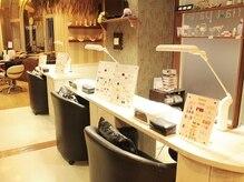 ヘア フィックス リュウ リゾート(hair fix RYU Resort)の雰囲気(ヘアーとネイルの同時施術が可能です【浦和】)