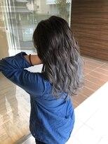 ヘアメイク シュシュ(Hair make chou chou)シルバーグラデーションアッシュブラウンネオウルフ30代40代