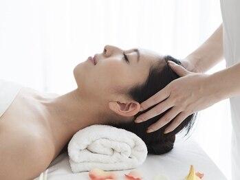 ゼルサプリ 北越谷(ZELE supple)の写真/【ヘッドスパ/ラフレ】で頭皮環境を整える◎頭皮のベタつきが気になる季節…癒されながらケアしませんか?