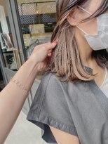 ヘアーアイスカルテット(HAIR ICI QUARTET)rena◯インナーカラー イヤリングカラー セミロング