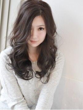 【年齢別】おすすめのロングのヘアカタログ|パーマ/ストレート