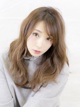 アーベン 横川店(AERBEN)の写真/重い印象の白髪染めから、ナチュラルな印象に変えませんか?立体的に見えるグレイカラーならココ!