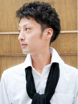 ラバーズ コート 高槻店(Lovers Coat)の写真/【メンズパーマ+カット¥5500(トリートメント&スチーム込)】毎朝簡単にセットができるヘアスタイルが叶う◎
