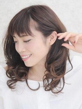 ウィズ(Hair Cut Wiz)の写真/Wiz人気No1カラー!上質感あふれる大人の贅沢『香草カラー』登場♪ハリ・コシを与え、弾力ある髪へ♪