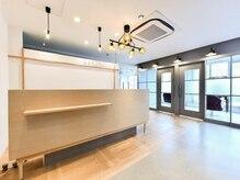 プロローグラックスビー 明石店(PROLOGUE LUXBE)