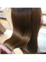 ヴィヴァーチェイルソーレ(VIVACE ilsole)宝石髪