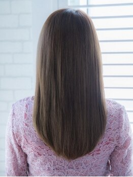 イヴァルヴ(EVOLVE)の写真/こだわり抜いた薬剤で思わず触りたくなる理想の質感◇自分史上最高のサラ艶美髪ストレートが手に入る♪