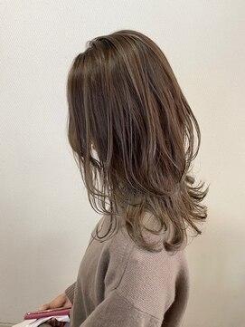 ヘアハウス ルアナ(Hair House Luana by NYNY)セミロングレイヤー