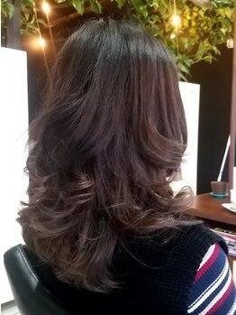 オッジ ヘアー ジャッロ(Oggi Hair giallo)の写真/圧倒的な満足感!オーガニックの力で「髪本来の美しさ」を引き出してくれる。大人女性の本格サロン♪