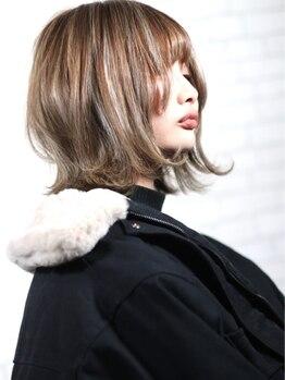 ヘアメイク アヴァロン 橋本店(HAIR MAKE Avalon)の写真/小顔カットは《Avalon》にお任せ★トレンドを取り入れたお洒落度◎なスタイルで魅力を引き出す!【橋本】