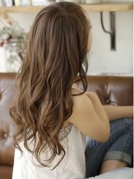 ラムス (rams)の写真/【Naturalオーガニックcolor】×【100%オーガニックSPA】で体と髪に優しい♪自然の力で髪本来の艶色に―。