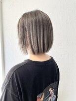 ヘアーアンドメイク ジズー(hair&make zizou)ぱっつんボブ エアータッチバレイヤージュ