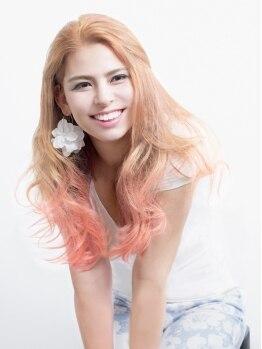 カサブランカアン(CASABLANCA.un)の写真/化学反応によって起こる髪へのダメージ。それを防ぐ唯一の新革命的カラー剤【イルミナカラー】