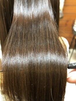 ハーツヘアーズ 上安店(HEARTS hair's)の写真/【話題の最新髪質改善】「サイエンスアクア」導入!未体験の艶髪に、思わず触りたくなる