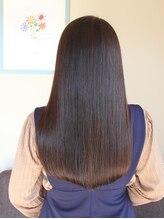 ビアンカ 髪にやさしい美容室(bianca)光を取り込む☆うるつやブラウンのストレートセミディスタイル