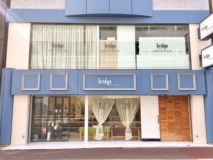 ブリッジ バイ ネオリーブ 綱島店(bridge by neolive)の写真