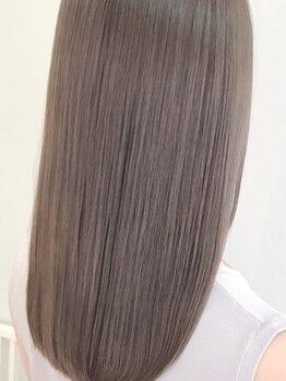 ハロナ(HARONA)の写真/縮毛矯正未満、トリートメント以上…話題の『髪質改善トリートメント』ハリ・コシを与え、うる艶髪が叶う☆