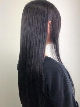 ヘアーメイク Y-21 久地店(HAIR MAKE Y-21)の写真/髪質や髪のお悩み、なりたい姿をカウンセリングし、一番必要なケアをご提案◎オーダーメイドTrでツヤ美髪へ