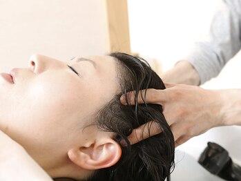 イト(ito)の写真/《選べるスパ》「YUME」シャンプー台導入★フルフラットでリラックスしながら、髪のお悩みを解消できる♪