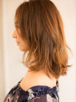 エレガンス ルシア(ELEGANCE lucia)の写真/【厳選されたオーガニックカラーを使用♪】頭皮と髪を保護しながら染め上げます。
