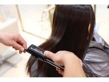 【縮毛矯正】持ちがよくダメージの少ないOROの縮毛矯正はリピーター多数◎