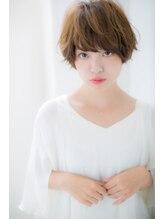ローレン(LOREN)~RUCE~目ヂカラUPの小顔ニュアンスショート