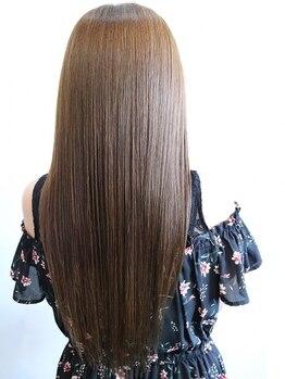 ロルド ポワール(Rold poire)の写真/クセ毛や広がりの方に…まっすぐになりすぎず、自然で滑らかな艶髪に導き、髪の状態に合わせお悩みを解決♪