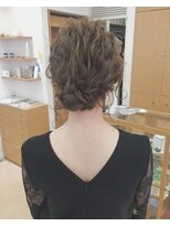 ガーデンヘアー(Garden hair)[garden松岡]外国人風波巻きアレンジ