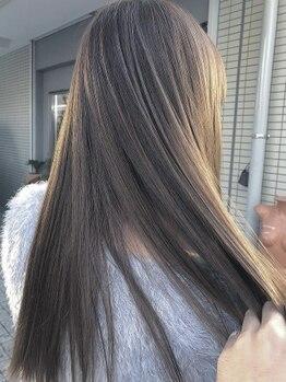 エトイ(etoi)の写真/今注目の髪質改善トリートメント◆超音波を使用するから栄養分が奥まで浸透!実感できる艶と仕上がりに*
