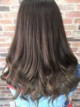 アトリエ ローナ(atelier Lo-nA haircare & design)の写真/トレンドカラー・オーガニックカラー・ワンランク上の白髪染めまで♪流行を取り入れながらベスト提案★