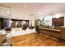 UNIX Beauty Innovation 横浜元町店