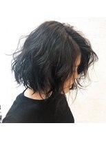 ヘアー リラクゼーション アンヴィ(Hair Relaxation anvi)切りっぱなしウェーブボブ
