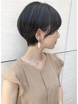 トゥーナ 表参道(tona)外ハネくびれイヤリングカラーイメチェンラベンダーカラー前髪」