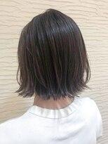 【morio】札幌 ハイライト切りっぱなし黒髪ボブ