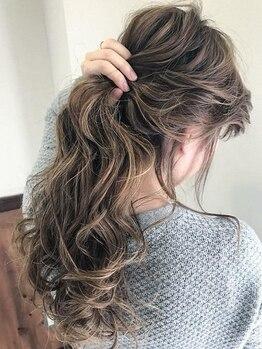 ラシック(LACHIC)の写真/【oggi otto使用!!】美しく輝く髪を…。こだわりの素材で髪の内部から補修していきます☆