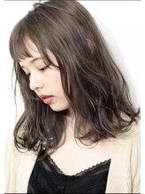 アリカ(allica)☆ 毛束感 × グレージュ × オン眉 ミディアム☆