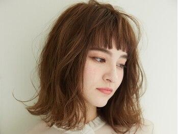 フィガロ マジエ 東花園店(Figaro MAGIE)の写真/【東花園】絶妙なニュアンス&美しいデザインで上品でツヤのある髪色に。女性らしい色気を漂わせる♪